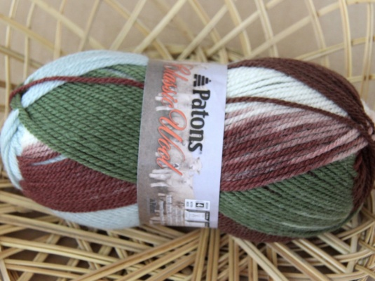 New Patons Classic Wool 100g