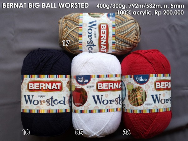 Bernat  Big Ball Worsted Yarn 400g