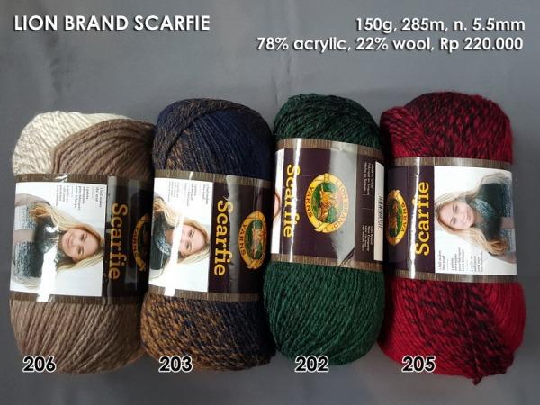 Lion Brand Scarfie